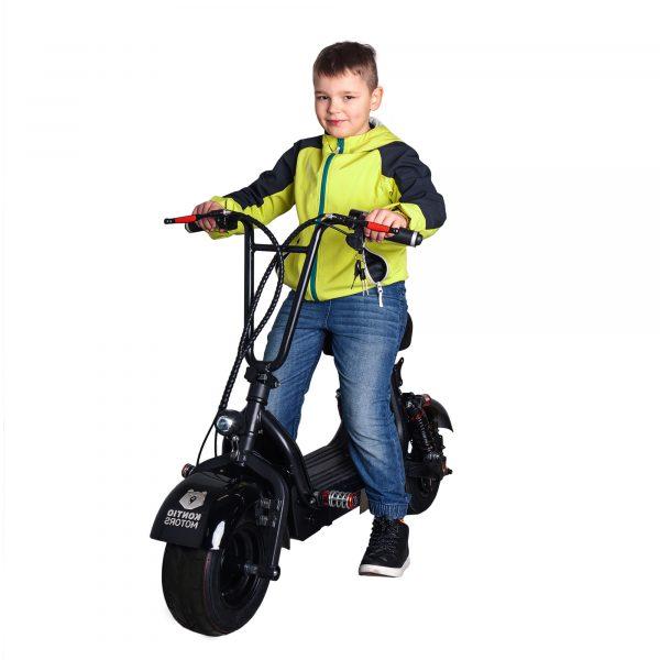 Kontio Motors Lasten Kruiser Black 2-paikkainen tehoakulla
